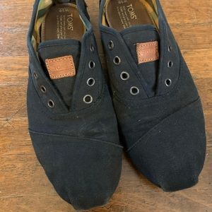 Toms women's size 10 lightly worn